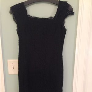 Adriana Papell Cap sleeve lace dress. Worn once